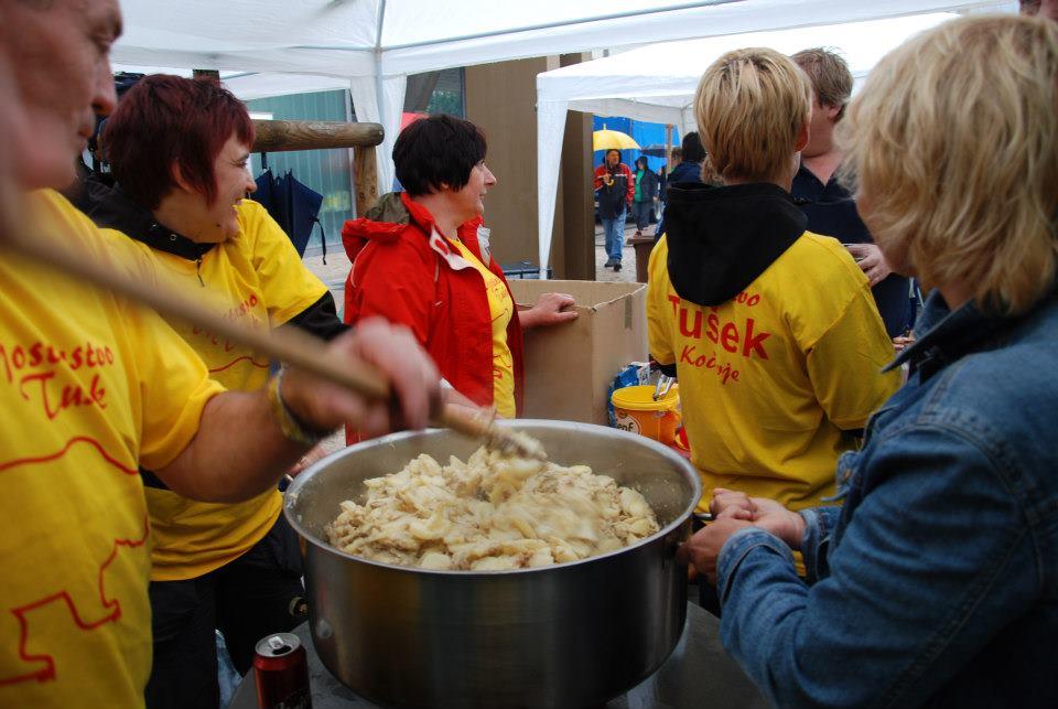 Festival praženega krompirja